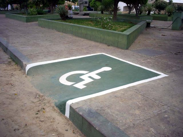 Vereador defende acessibilidade nas calçadas