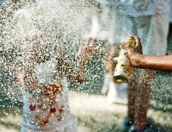 Vereador Quer Proibir Uso de Spray de espuma No Carnaval