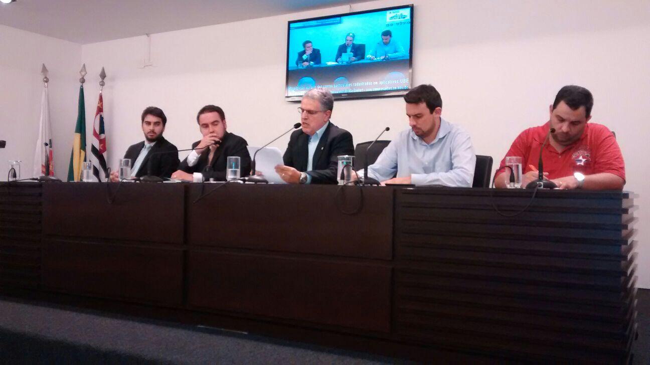 Câmara faz audiência pública sobre aplicativo UBER