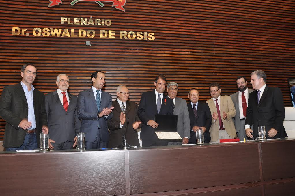 Câmara Homenageia Advogado Criminalista Eugênio Malavasi