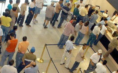 TJ PENALIZA BANCO POR NÃO CUMPRIR LEI DE AUTORIA DE ADEMIR